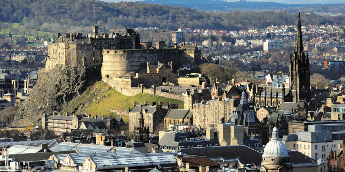 343_Edinburgh_Castle_Rock
