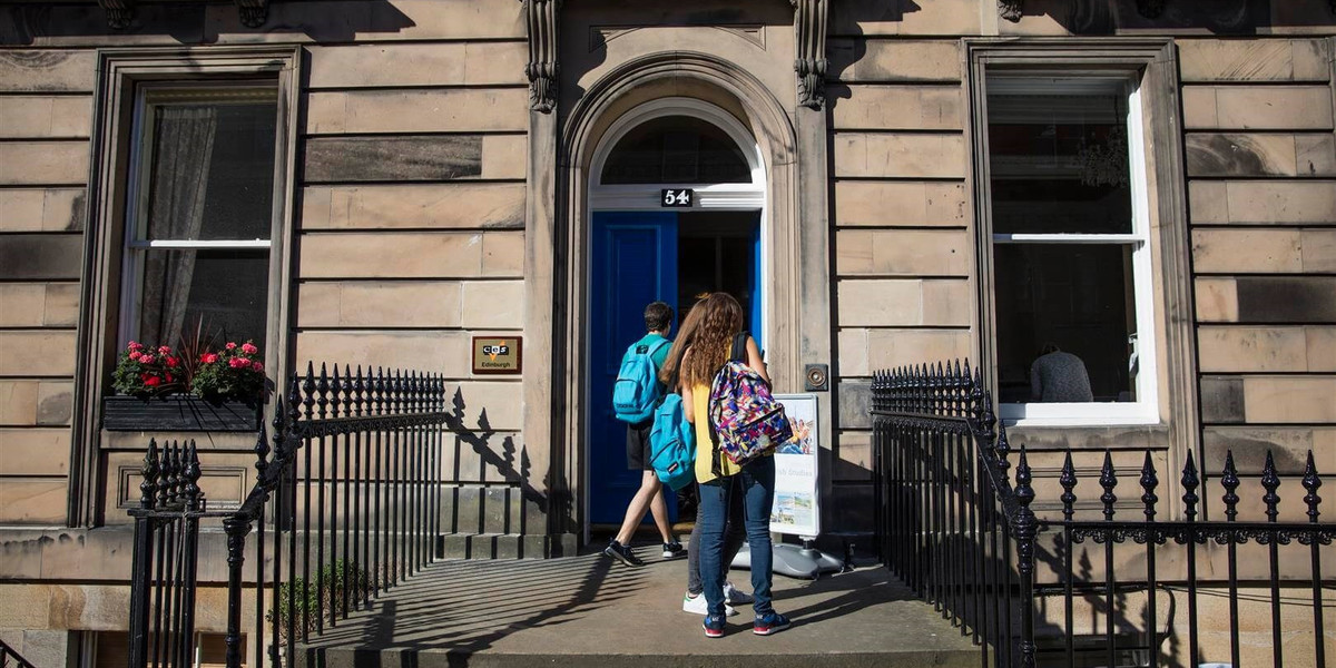 CES_Edinburgh_-_Exterior_shot_of_students_walking_in_to_teh_building___Large_